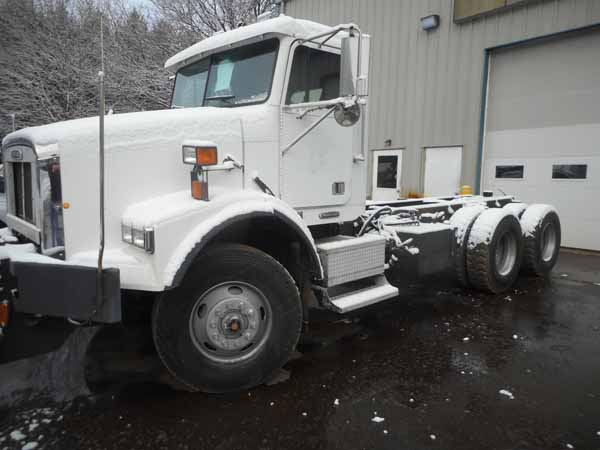 2001 Freightliner FL112 for sale-59108808