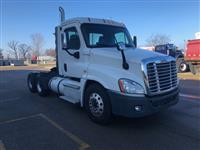 2014 Freightliner CASCADIA TRACTOR