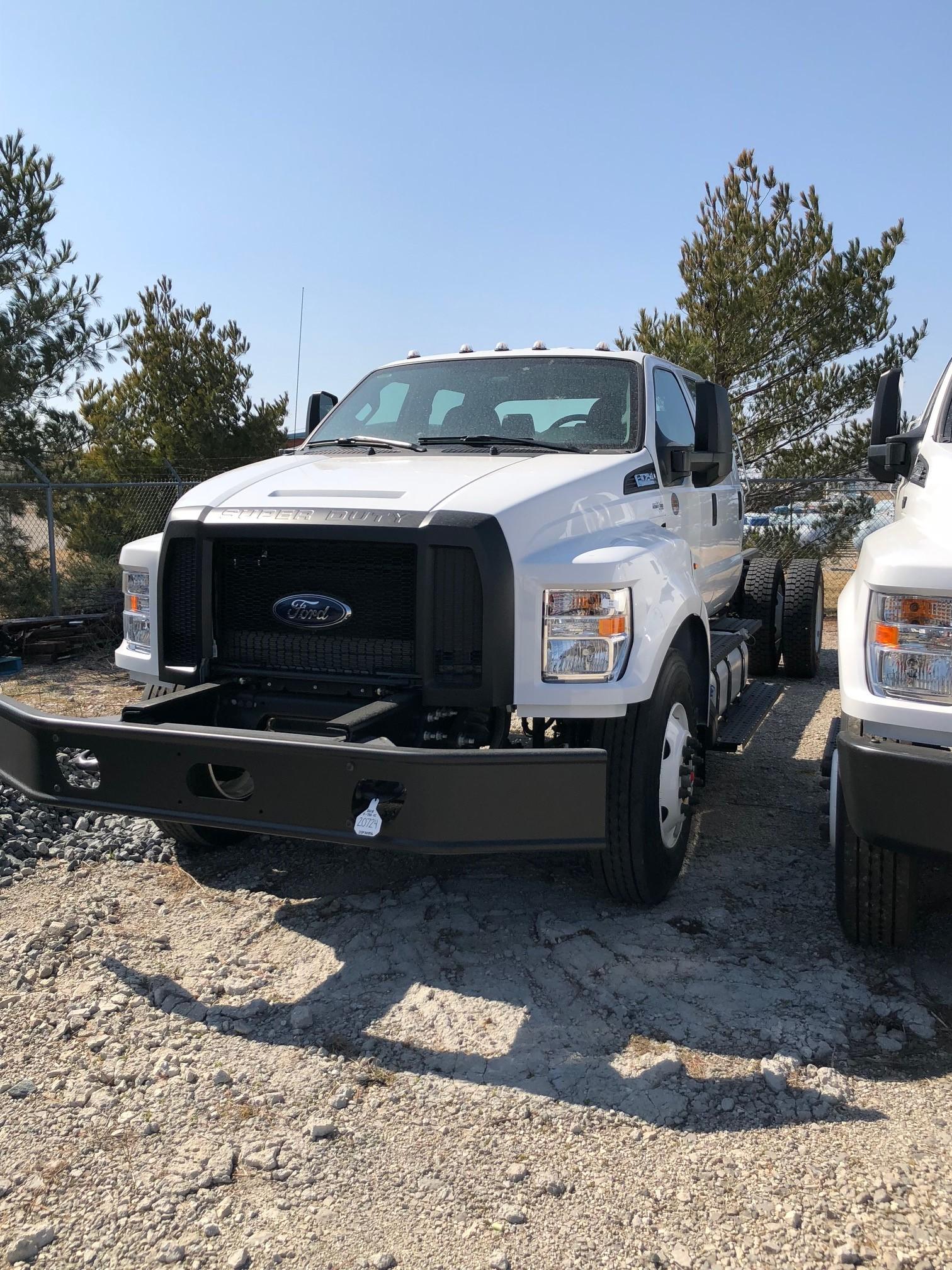 2019 Ford F750 Crew Cab