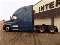 2015 Freightliner Cascadia Evolution Sleeper Truck - Grand Rapids, MI