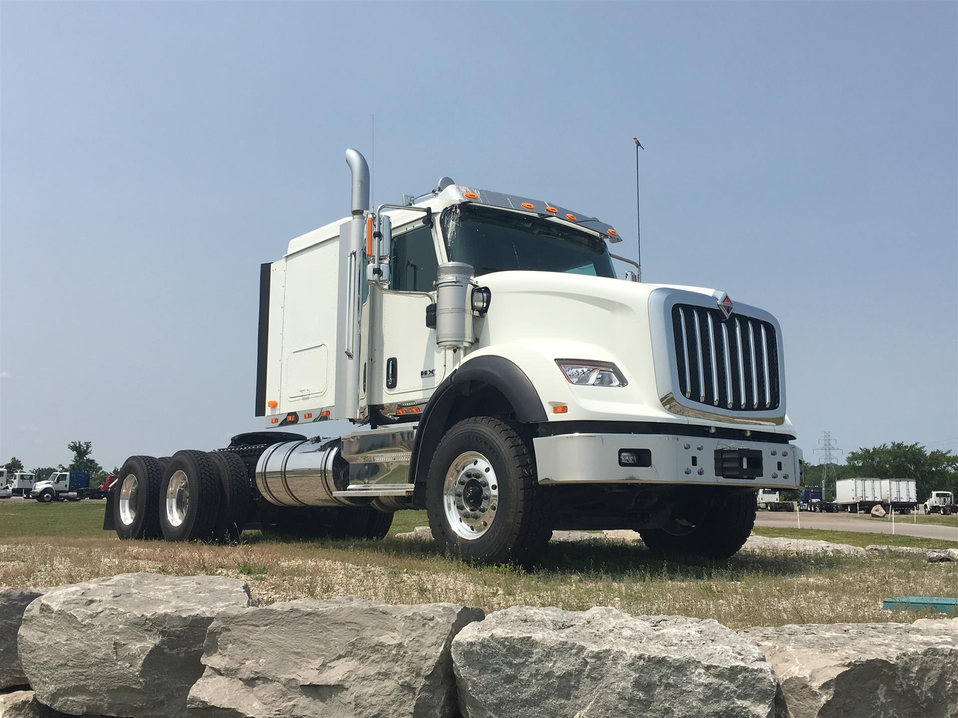 2020 International HX620 Sleeper