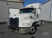 2011 Mack PINNACLE CXU613