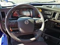 2019 Volvo VNL64T300