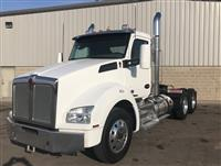 Used 2017 Kenworth T880 for Sale
