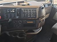 2014 Volvo VNL64T630
