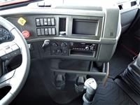 2020 Volvo VNR64T640