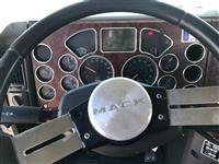 2009 Mack CHU613
