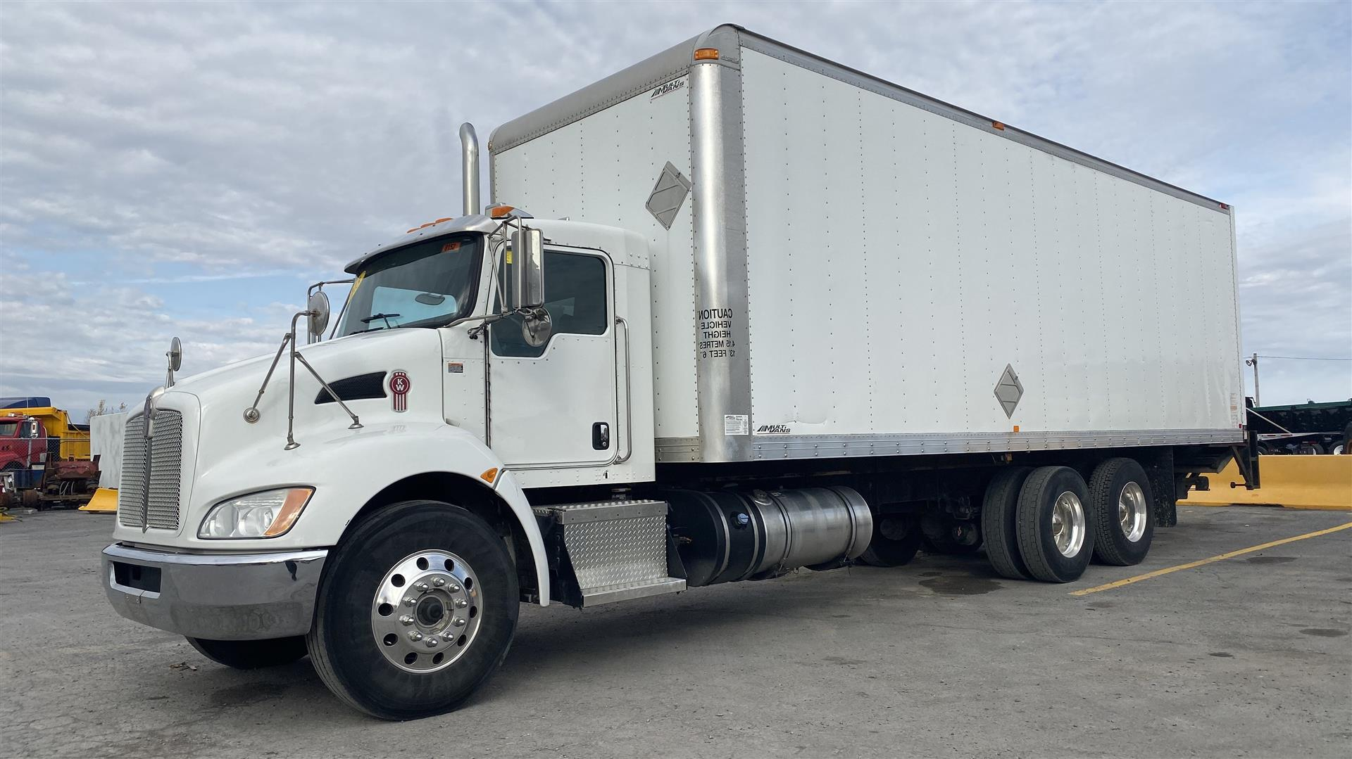 2013 Kenworth T370 CAMION FOURGON