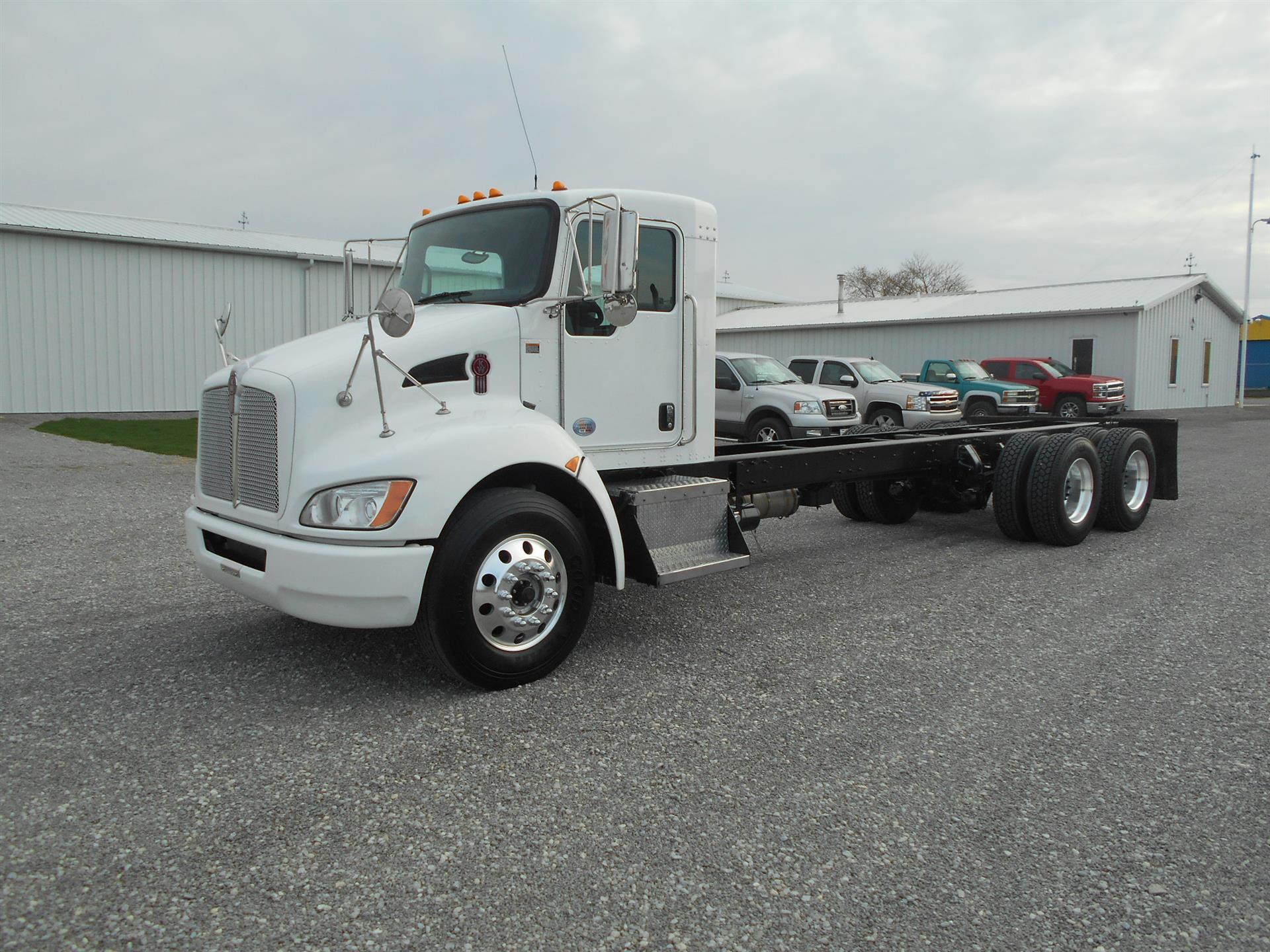 2011 Kenworth T370
