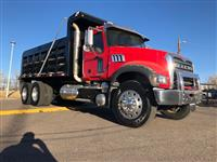 Used 2009MackDump Truck for Sale