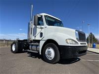 Used 2010 Freightliner Columbia - 120 for Sale
