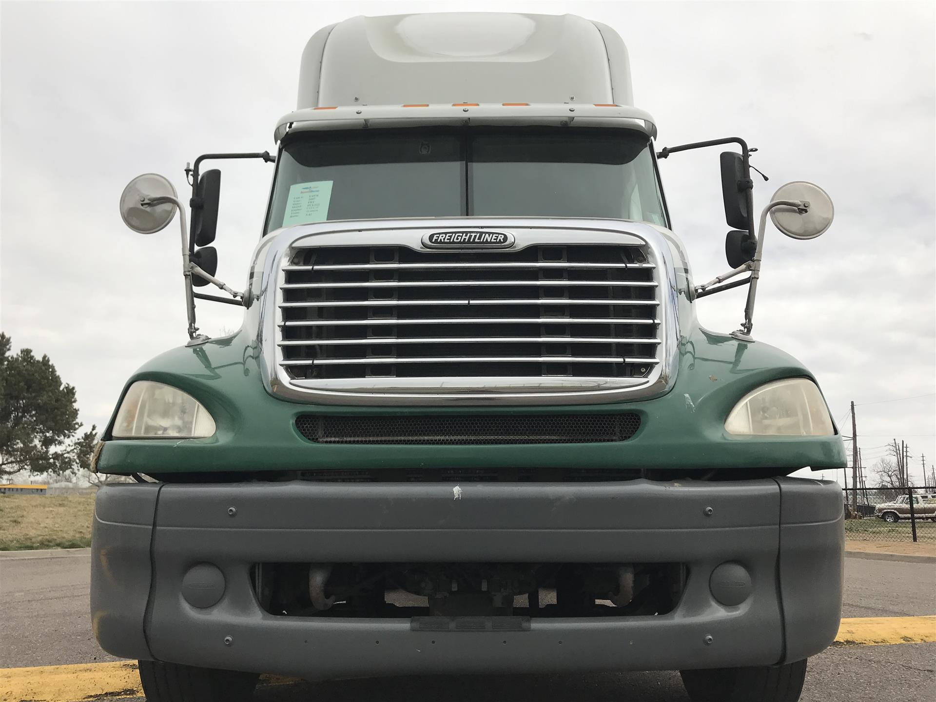2007 Freightliner FCL112   Semi Truck - Commerce City, CO