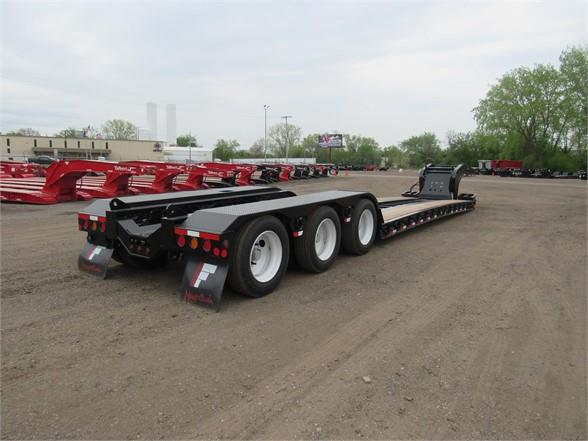 2020 Fontaine 55 TON HRG  W/REAR  FENDERS