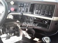 2013 Volvo VNL64T-430