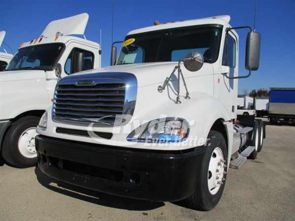2010 Freightliner COLUMBIA 120