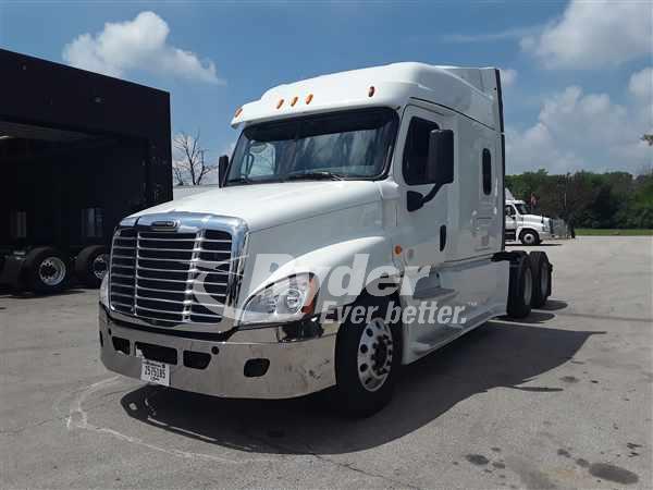 2014 Freightliner CASCADIA 125 Sleeper Truck - Oak Creek, WI