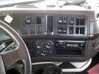 2014 Volvo VNL