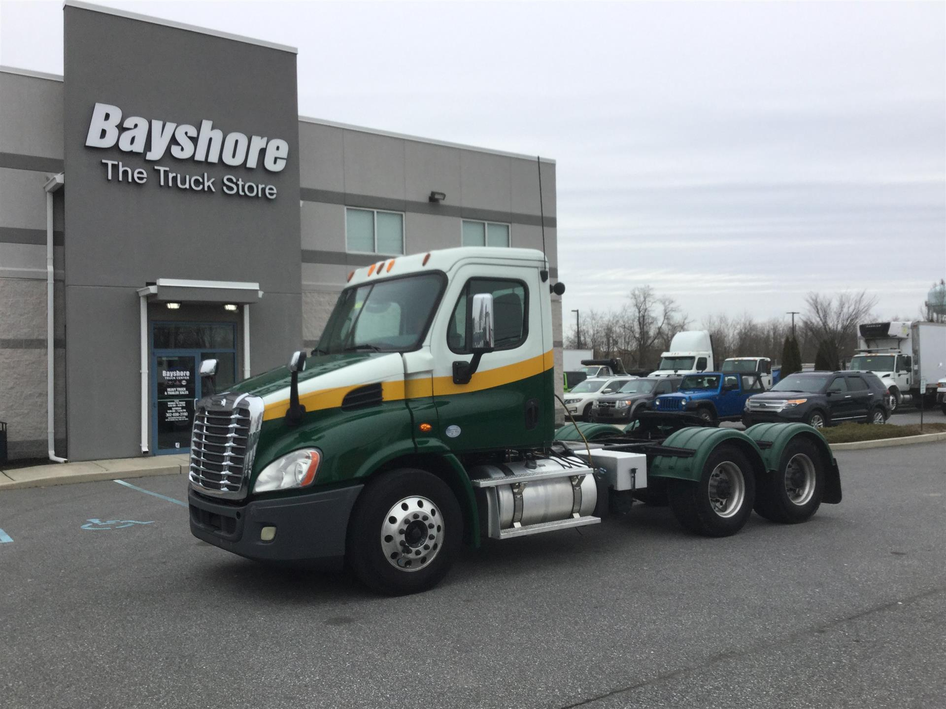 2013 FREIGHTLINER CASCADIA 113 DAYCAB TRUCK #730616