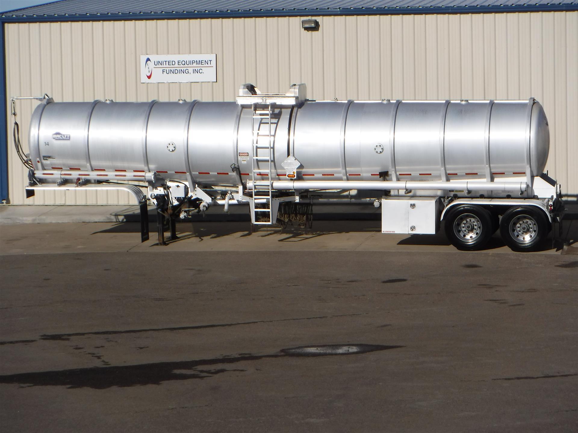2013 MAC Crude Oil Tank