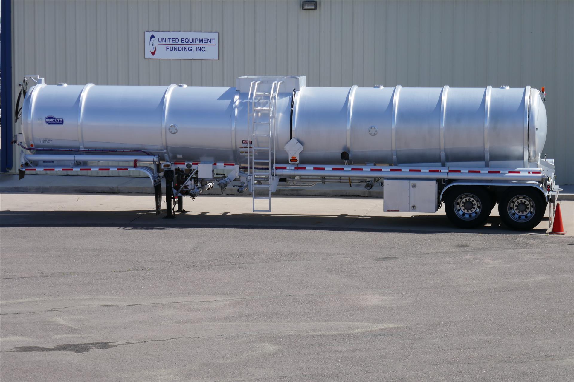 2016 MAC Crude Oil Tanker