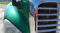 2013 Freightliner CA12564SLP - CA