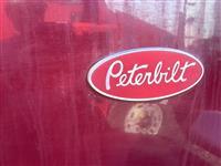 2004 Peterbilt 357