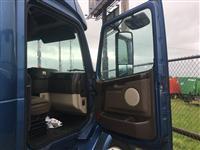 2014 Volvo VNL64T780