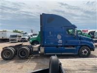 2012 Freightliner CA12564SLP - CA