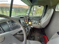 2006 Freightliner Columbia - 120