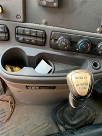 2014 Freightliner CASCADIA CA125SLP