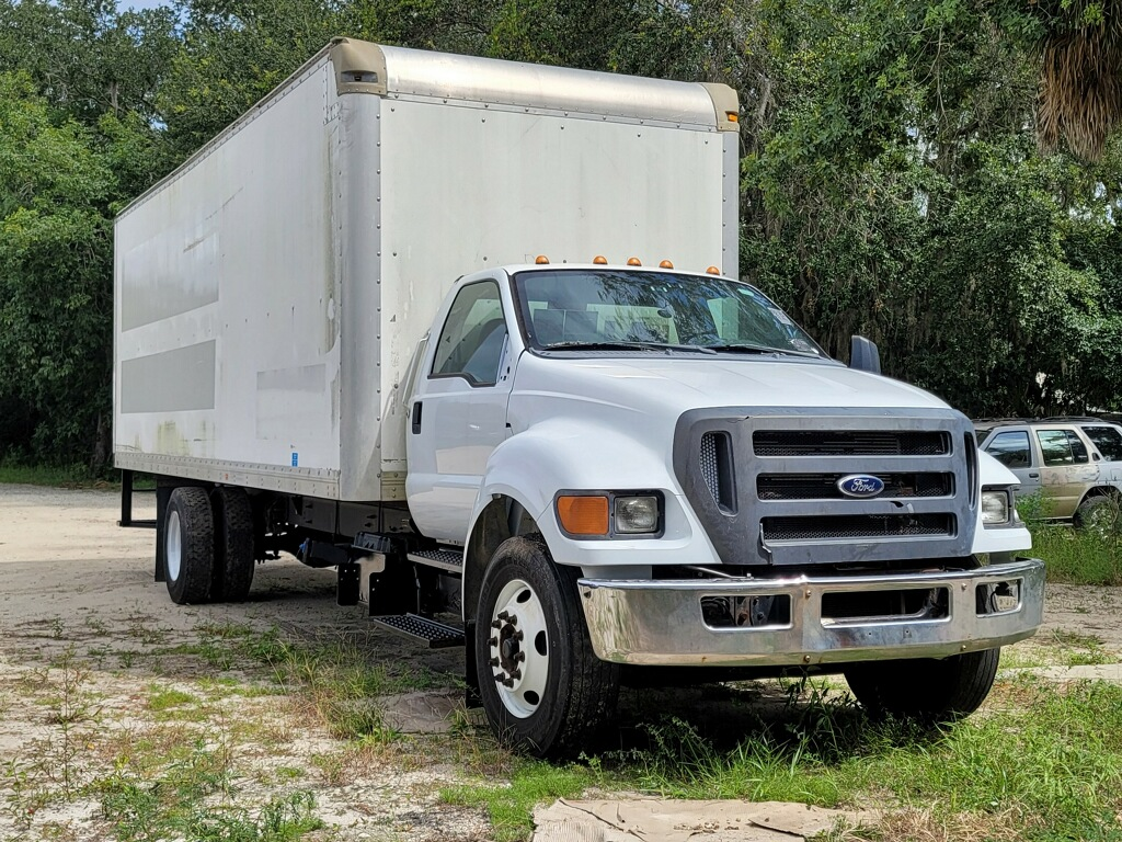 2012 Ford F750