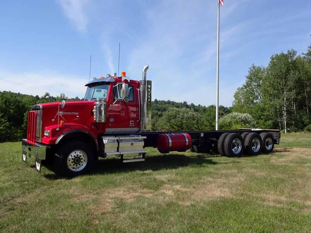 2017 Western Star 4900SF Cab Chassis Truck