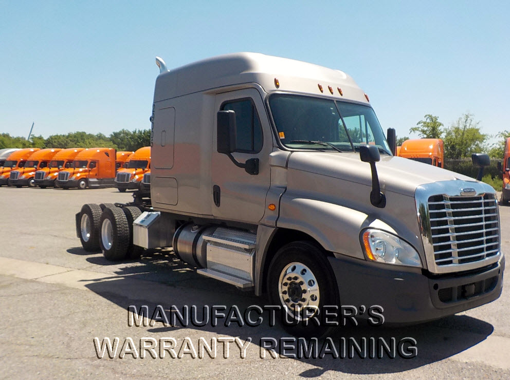 USED 2016 FREIGHTLINER CASCADIA SLEEPER TRUCK #84566