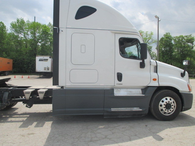 2016 Freightliner Cascadia for sale-59227104