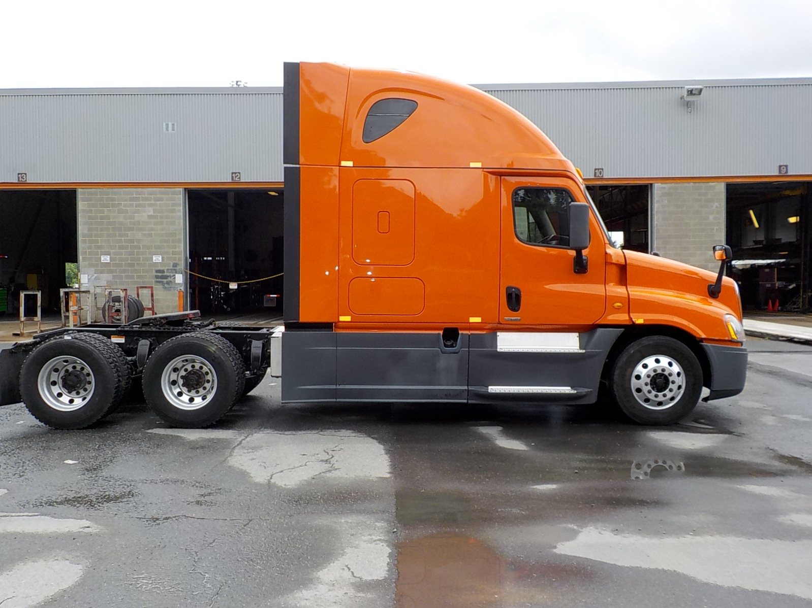 2014 Freightliner Cascadia for sale-59084843