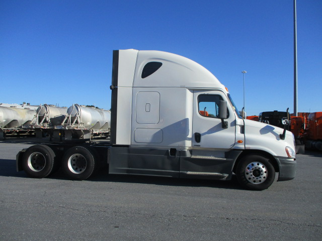 2014 Freightliner Cascadia for sale-59108411