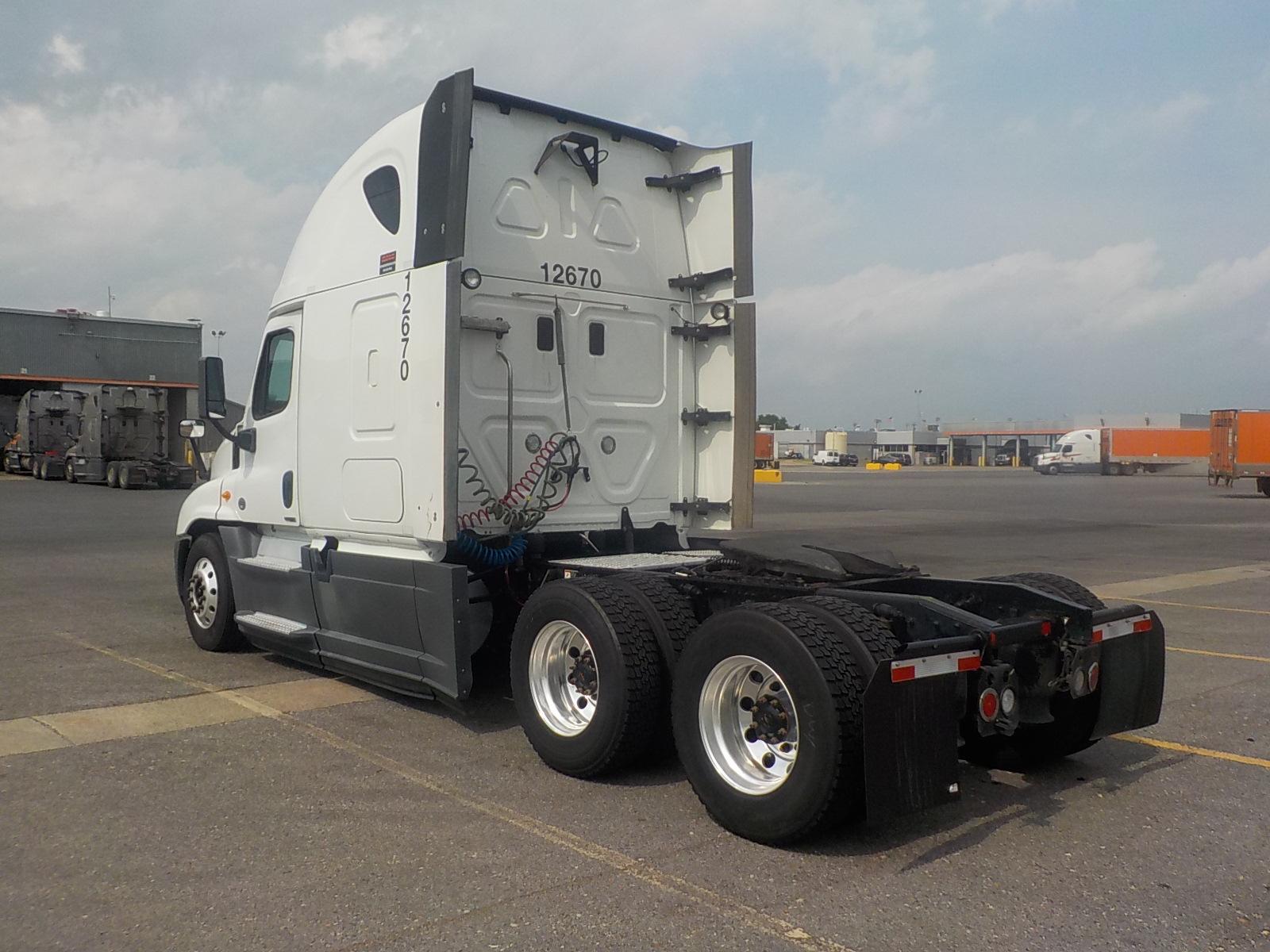 2014 Freightliner Cascadia for sale-59067523