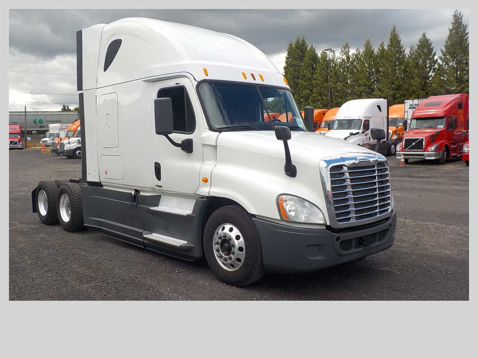 USED 2014 FREIGHTLINER CASCADIA SLEEPER TRUCK #84578