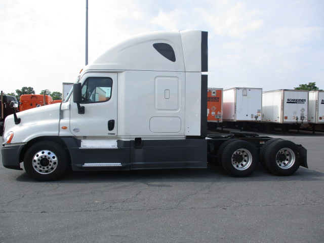 2015 Freightliner Cascadia for sale-59084867