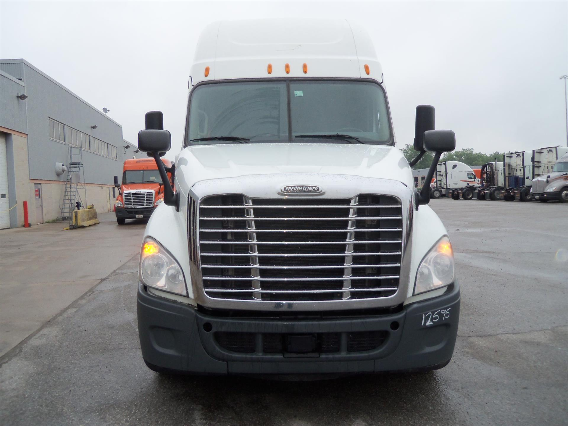 2014 Freightliner Cascadia for sale-59084876