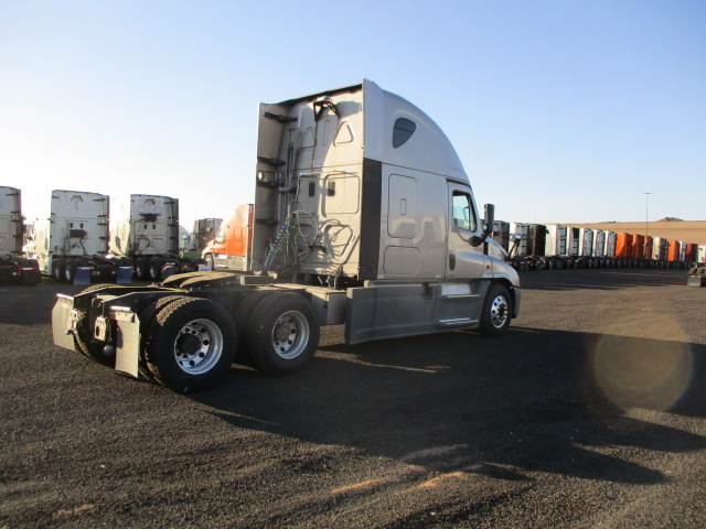 2014 Freightliner Cascadia for sale-59199457