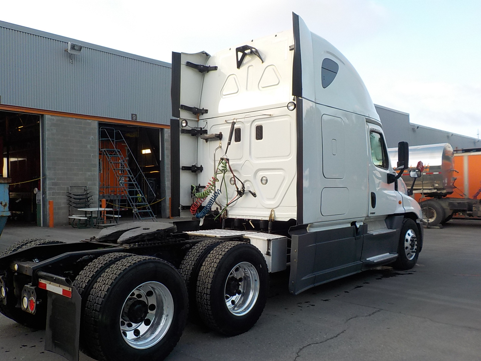 2015 Freightliner Cascadia for sale-59199459