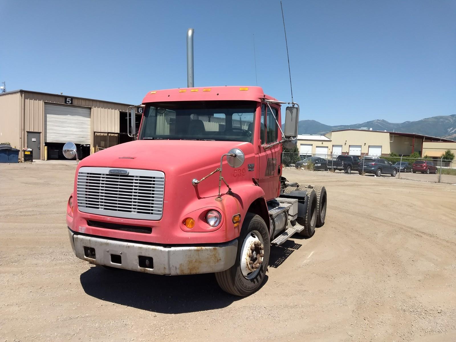 1999 Freightliner FL112 for sale-59084889