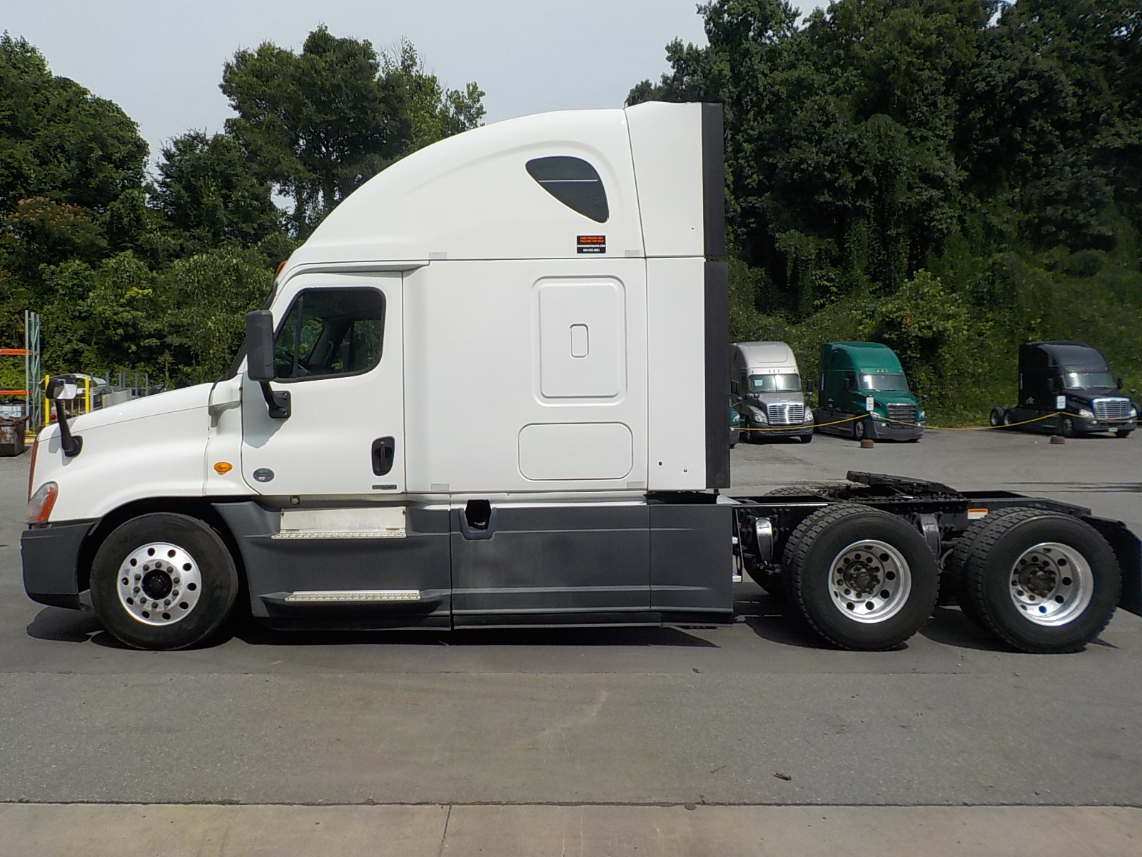 2014 Freightliner Cascadia for sale-59084891