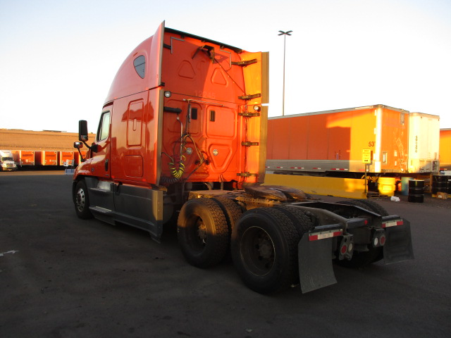 2014 Freightliner Cascadia for sale-59274449