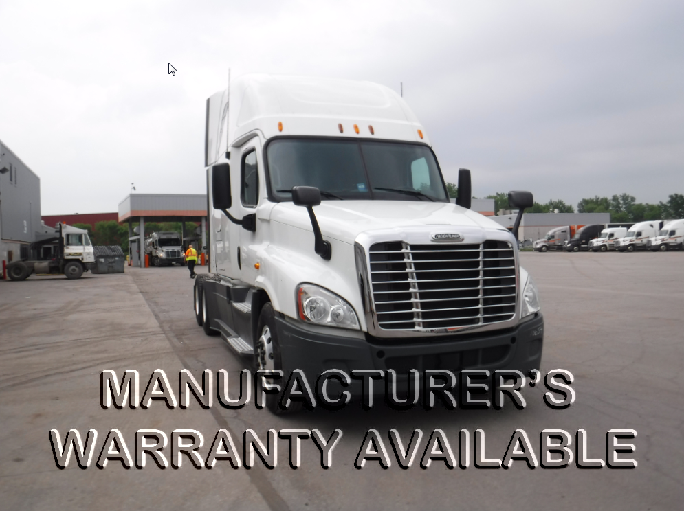 USED 2013 FREIGHTLINER CASCADIA SLEEPER TRUCK #126574