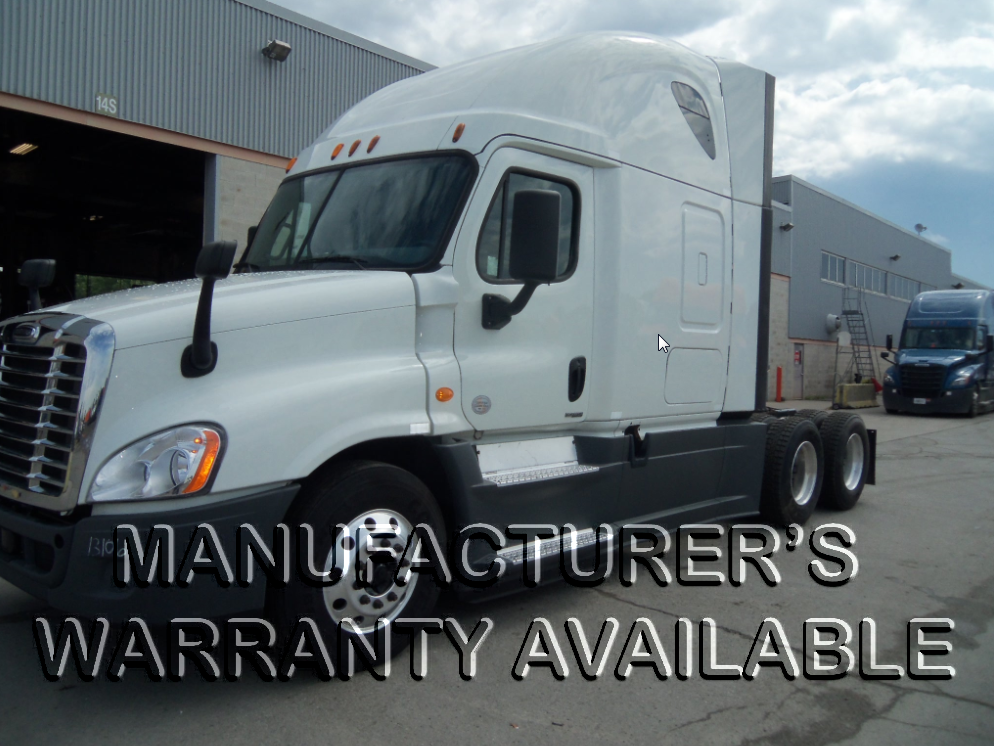 USED 2015 FREIGHTLINER CASCADIA SLEEPER TRUCK #127471