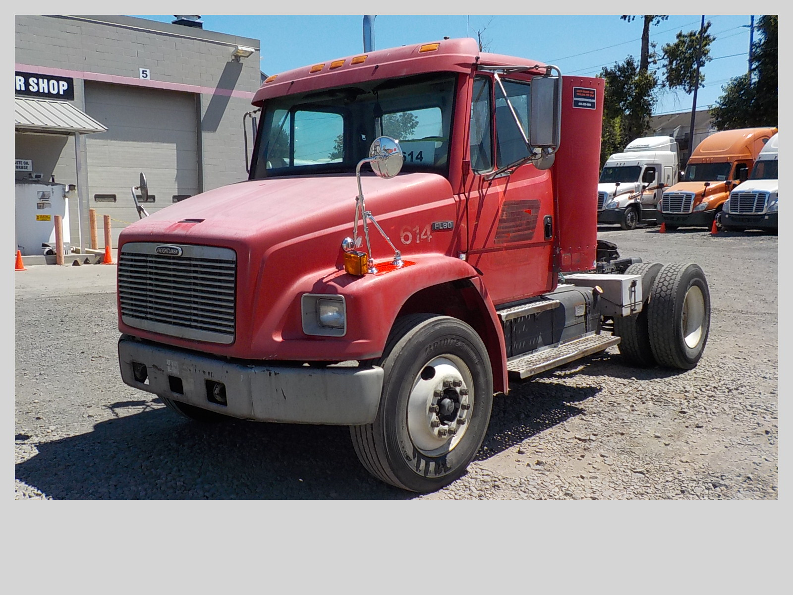 USED 1999 FREIGHTLINER FL 80 DAYCAB TRUCK #129246