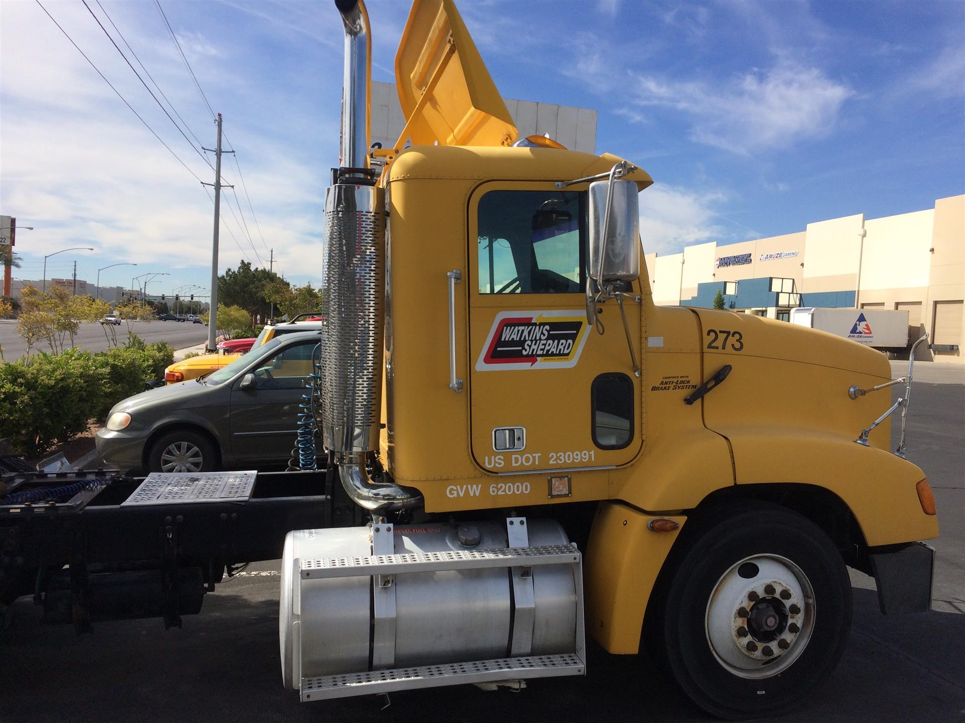 2000 Freightliner FL 112 for sale-59196971