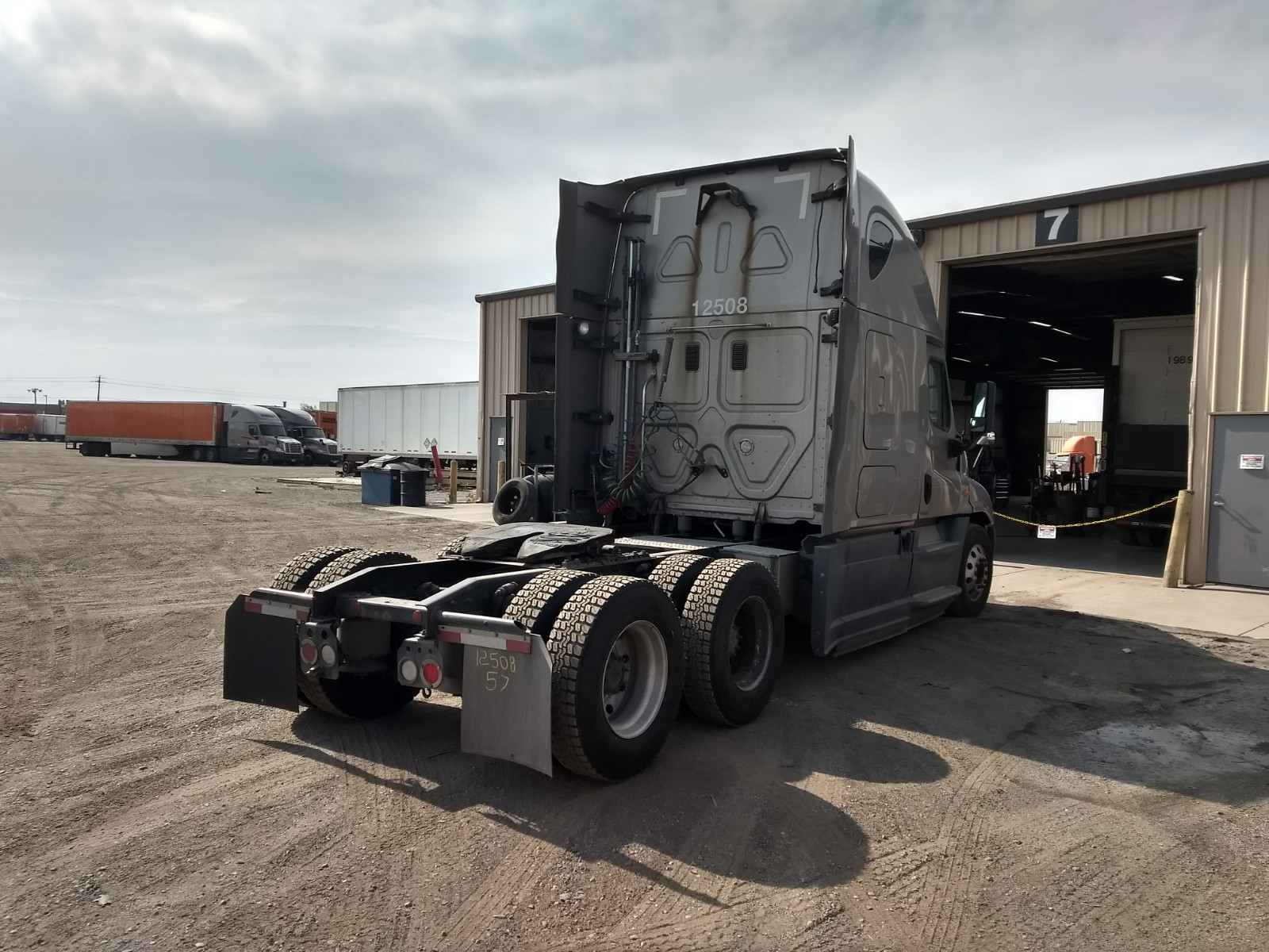 2014 Freightliner Cascadia for sale-59196976
